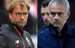 """Giỡn mặt FA, Mourinho """"đá xoáy"""" trọng tài trận derby nước Anh"""
