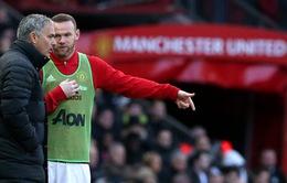 """""""Rooney đã quá chậm để chơi cho Man Utd"""""""
