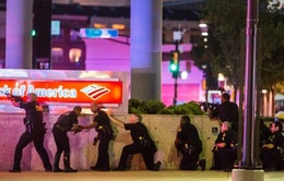 Vụ nổ súng ở Mỹ: Nghi can cảnh báo có bom ở khắp mọi nơi