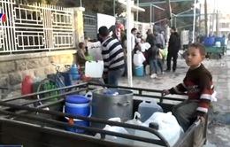 Cuộc sống người dân ở Aleppo (Syria) khốn khổ vì thiếu nước sạch