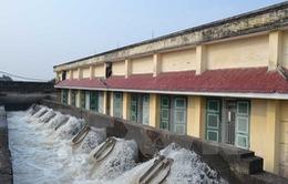 Nước được đưa về hệ thống thủy nông đầu mối đúng kế hoạch