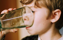 Mỹ thắt chặt chất lượng nước uống trường học
