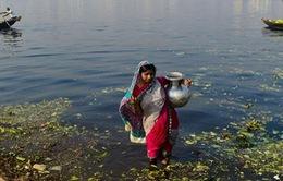 """Bangladesh: Nước nhiễm Asen """"uy hiếp"""" mạng sống hàng triệu người dân"""