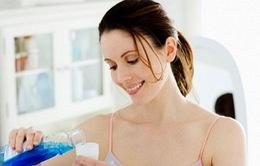 Dùng nước súc miệng thế nào cho hiệu quả?