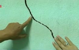 Bình Định: Lu đường, nổ mìn trên tuyến QL19 gây nứt hàng trăm nhà dân