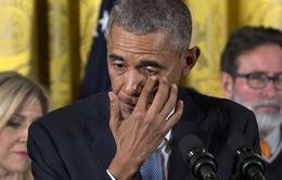 Tổng thống Mỹ Obama rơi lệ khi nói về bạo lực súng đạn