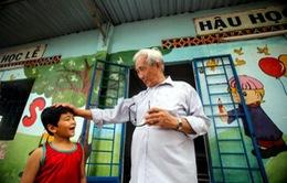 Lớp học tình thương 15.000 đồng/tháng của vợ chồng giáo viên già