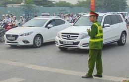 Cấm ô tô qua cầu Việt Trì