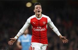 Chuyển nhượng bóng đá quốc tế ngày 13/12/2017: Arsenal nhận tin vui từ Ozil