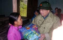 Mưa lũ miền Trung: Đặt công tác cứu hộ, cứu trợ người dân lên hàng đầu