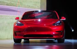 Tesla Model 3 đạt kỷ lục 325.000 đơn hàng chỉ sau 1 tuần mở bán