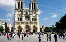 Pháp bắt giữ 3 phụ nữ tình nghi tấn công khủng bố nhà thờ Đức Bà