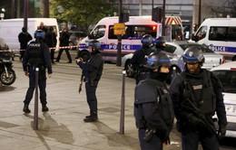 Pháp: Cướp và bắt cóc con tin tại Paris