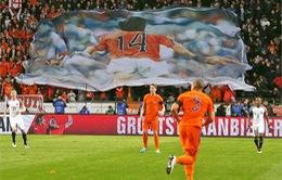 ĐT Pháp đánh bại kịch tính Hà Lan trong ngày tri ân Johan Cruyff