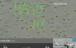 Phi công người Anh viết lời chúc mừng năm mới qua tín hiệu radar