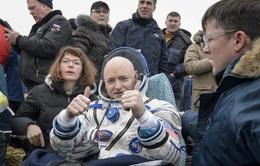Phi hành gia NASA trở về Trái đất an toàn sau 1 năm trên vũ trụ