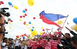 Phóng viên VTV ghi nhận phản ứng của Philippines về phán quyết của Tòa Trọng tài PCA