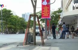 Hoàn tất việc sửa chữa hư hỏng trên đường Nguyễn Huệ