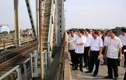 Ưu tiên bảo đảm an toàn cầu Việt Trì và thuận tiện cho người dân