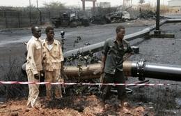 Nigeria: 14 công nhân ngành dầu mỏ bị bắt cóc