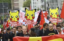 Người châu Âu biểu tình phản đối thỏa thuận thương mại với Mỹ, Canada