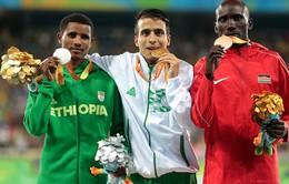 VĐV Paralympic chạy nhanh hơn nhà vô địch Olympic 2016