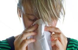 Phụ nữ bị cảm lạnh và cúm nặng hơn nam giới