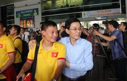 ĐT Việt Nam về đến TPHCM, sẵn sàng cho bán kết AFF Cup 2016