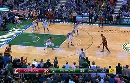 LeBron James buông giày trong cú sốc thua trận của Cleveland Cavaliers