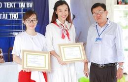 Á hậu Hoàng Oanh, Thuỳ Dung mang trung thu về với trẻ khuyết tật Tây Ninh