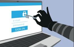 Lộ thông tin cá nhân từ nguồn pin điện thoại