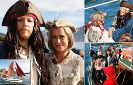 Đám cưới độc, lạ theo phong cách cướp biển