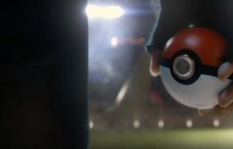 """Tội phạm truy nã tự """"chui đầu vào rọ"""" vì mải săn... Pokemon"""