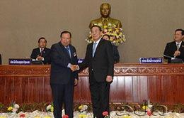Lãnh đạo Việt Nam gửi điện mừng lãnh đạo Lào