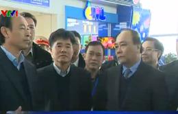 PTTg Nguyễn Xuân Phúc thị sát công tác an ninh, dịch vụ tại sân bay Nội Bài