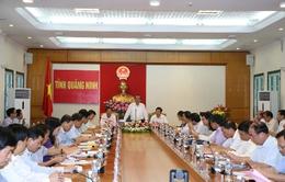 Phó Thủ tướng Trương Hòa Bình kiểm tra công tác cải cách hành chính tại Quảng Ninh