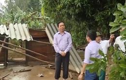 Mưa lũ cuốn trôi nhà dân ở Quảng Bình