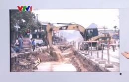 Quảng Ninh vỡ đường ống nước khi đang thi công Quốc lộ 18