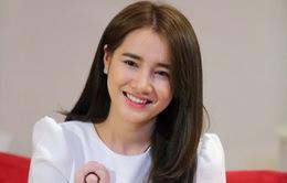 Nhã Phương từ chối bình luận về scandal Trường Giang – Quế Vân