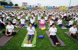 Hơn 400 người đồng diễn Yoga tại TP.HCM