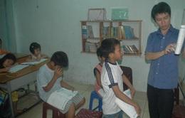 Lớp học tình thương - ngôi nhà thứ 2 của học trò bán vé số, lượm ve chai