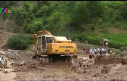 Khẩn trương di dời dân ra khỏi khu vực nguy hiểm sạt lở đất tại Yên Bái