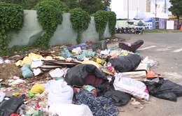 Phân loại rác tại nơi công cộng: Vẫn thiếu hướng dẫn, đầu tư