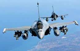 Chiến đấu cơ Pháp ném bom phá hủy kho vũ khí của IS ở Syria