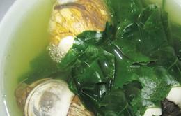 Thưởng thức món canh hột vịt nấu bình bát dây - đặc sản vùng Châu Đốc, An Giang