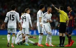 """Real Madrid đụng """"trọng tài bất bại"""" của Barcelona ở El Clasico"""