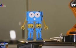 Marty - Robot mini giúp trẻ em tìm hiểu về lập trình CNTT