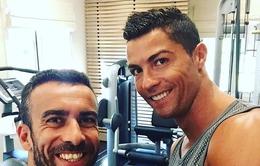 Ronaldo tập gym hùng hục dù chấn thương dai dẳng