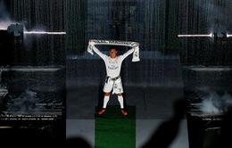 Ronaldo khoa trương thanh thế trước 8 vạn CĐV ở Bernabeu