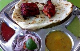 Roti Canai và Chicken Tandoori - cặp đôi khó quên của ẩm thực Malaysia